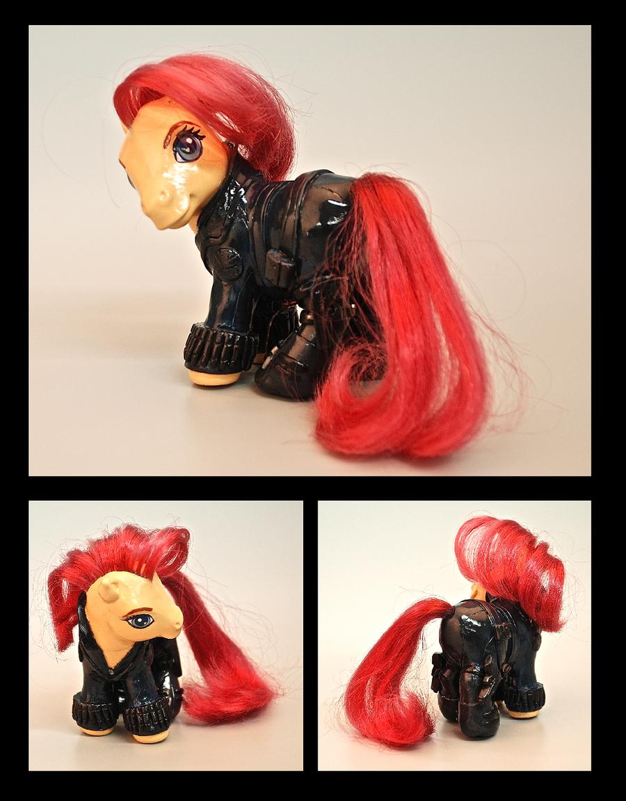 Black Widow Pony by EatToast