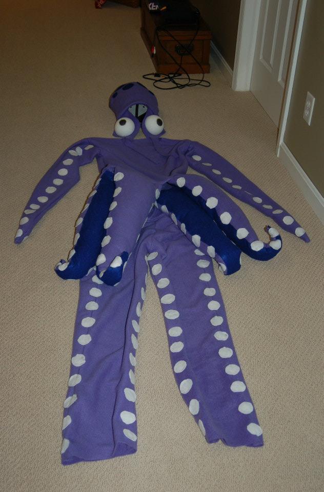 Как сделать щупальцы осьминога для костюма