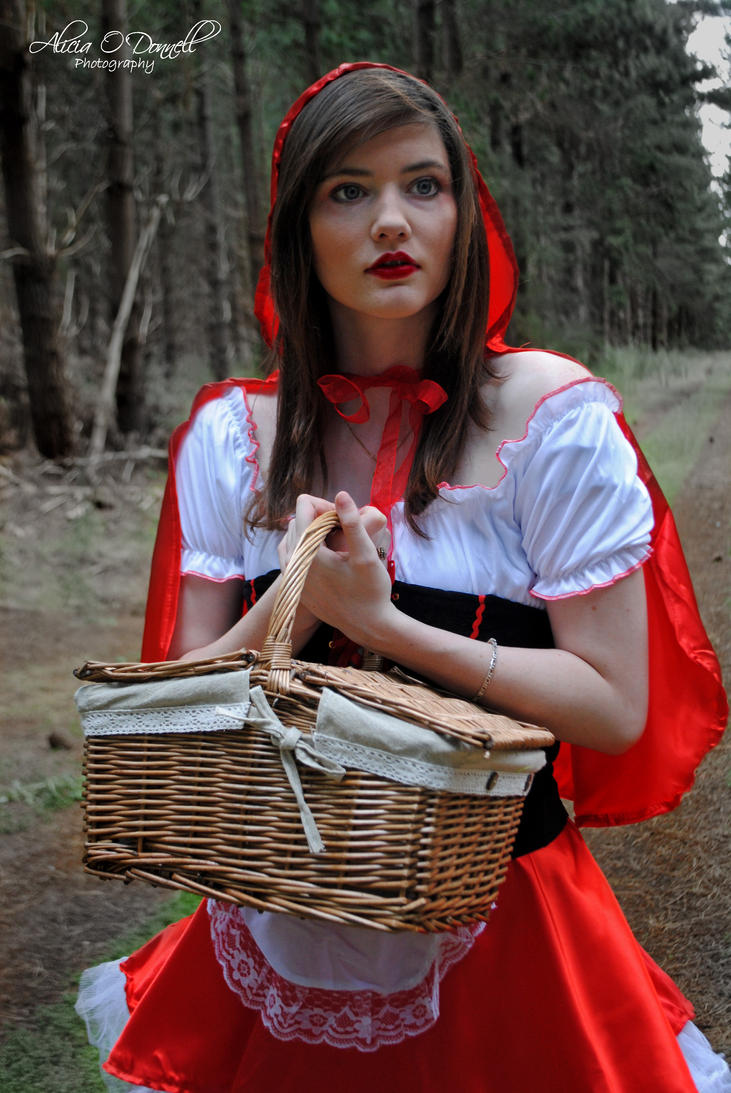 Worksheet Little Red Riding Hood 2 little red riding hood 2 by aliciaodonnell on deviantart aliciaodonnell