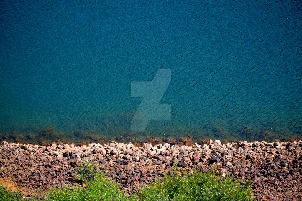 Water minimal by jeppinn