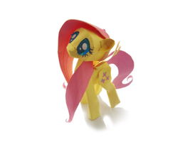 Fluttershy Papercraft Photo by Kna