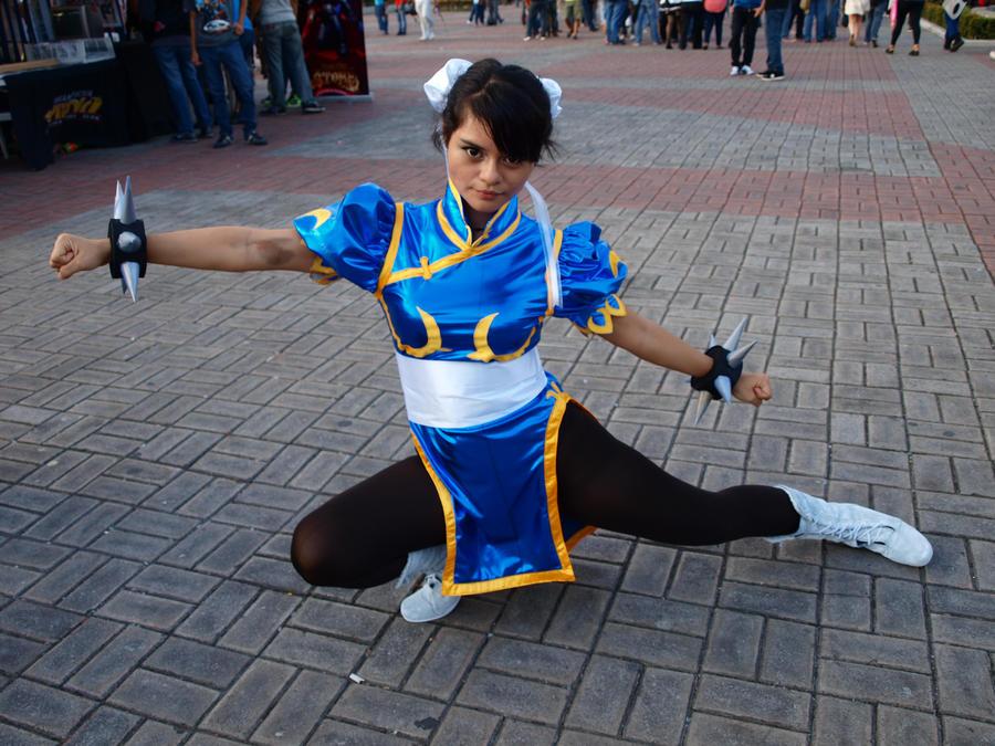 Chun-Li is ready! by Lord-LestatDlaCuadra