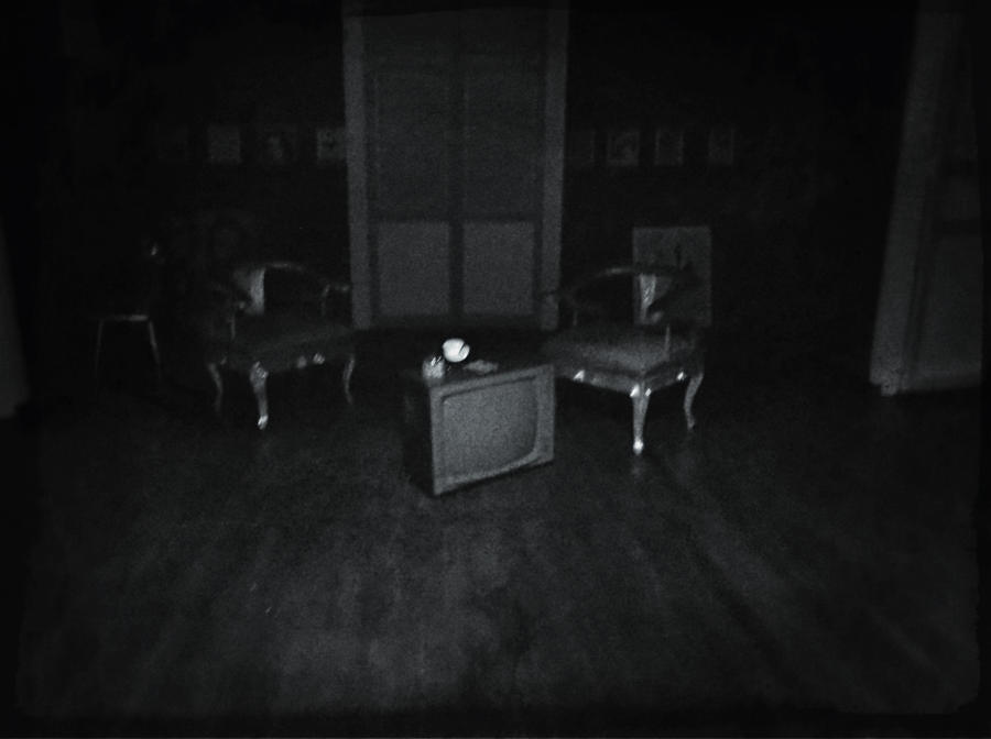 Living room of the dead by Lord-LestatDlaCuadra