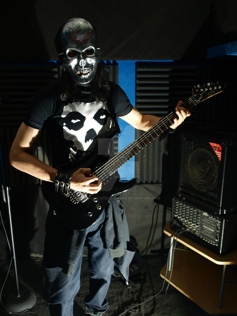 Guitarrista calavera by Lord-LestatDlaCuadra