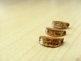 1:12 miniature tacos from polymer clay by Tristatin