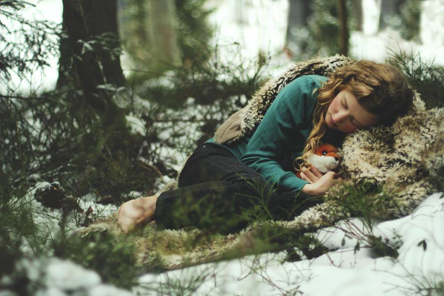 Alene i skogen by KiraTakuto