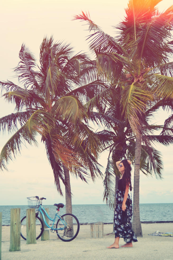 Miami Beach by BiscuiTsi