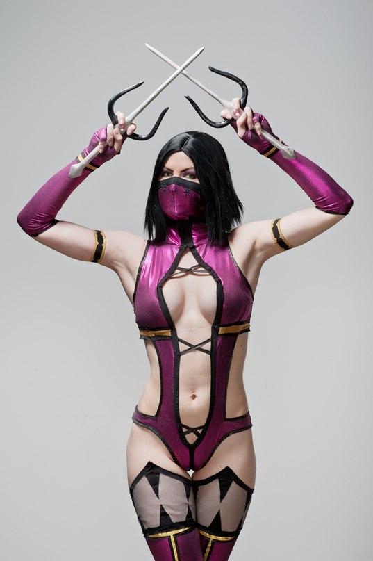 Cosplay Mileena  Mortal Combat 9 by AsherWarr