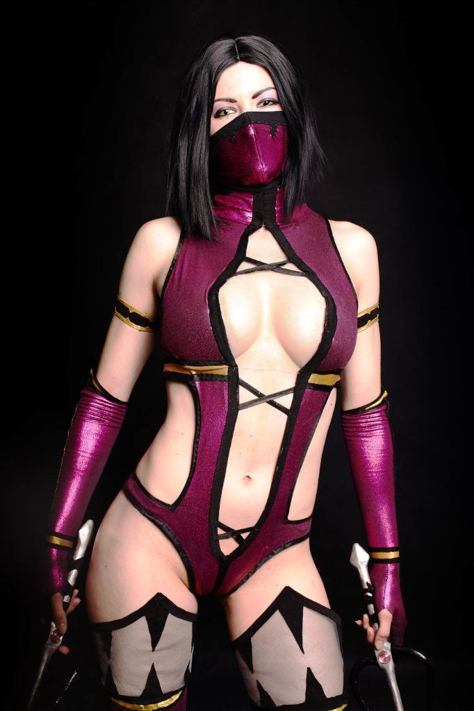 Cosplay Mileena  Mortal Combat 9 by AsherWarr