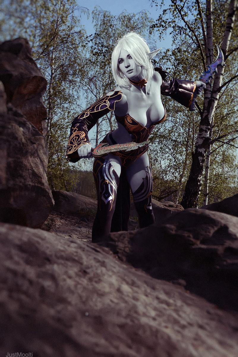 Cosplay Lineage 2: Dark Elf by AsherWarr