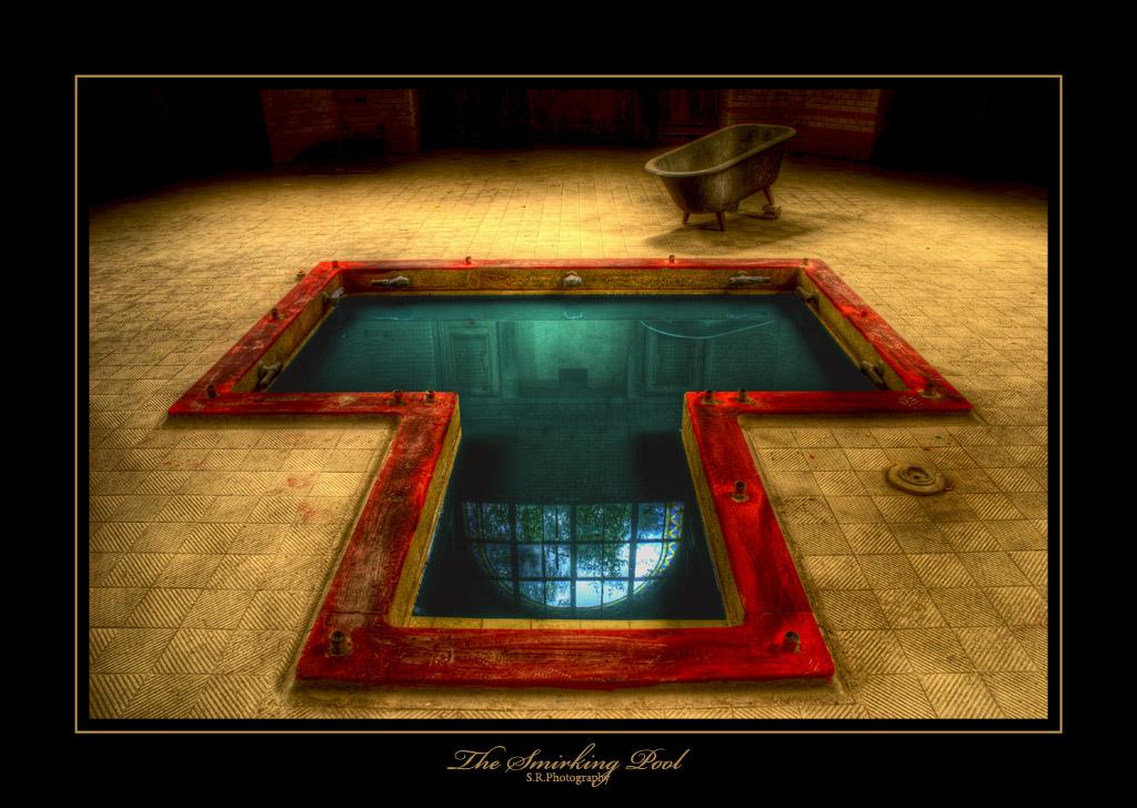 The Smirking Pool by EYELIGHTZONE