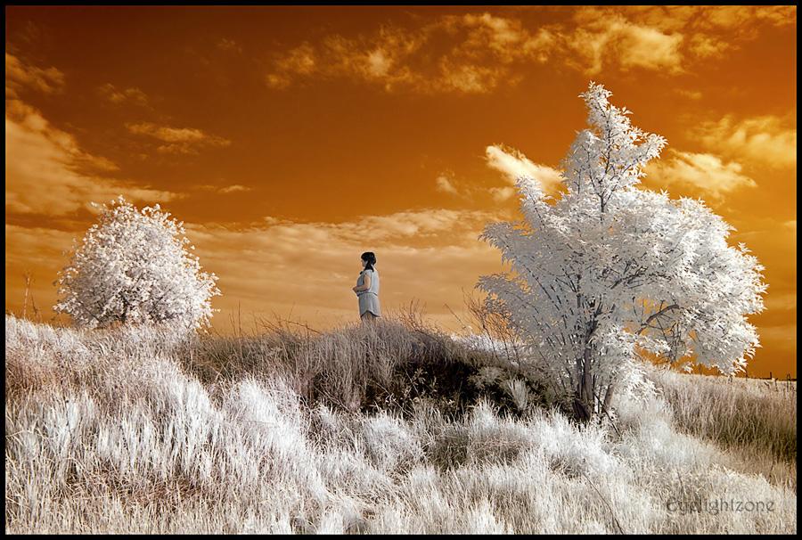 ... in between ... by EYELIGHTZONE