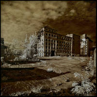_ abandoned harbour 01 - IR by EYELIGHTZONE