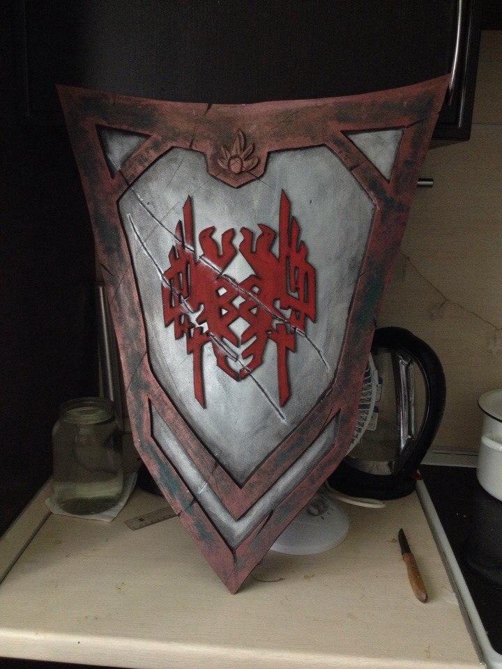 Amell shield by luiren