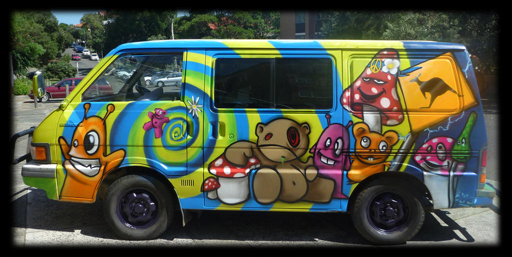 Crazy Graffiti decoration on Van by Graffiti-decoration on deviantART