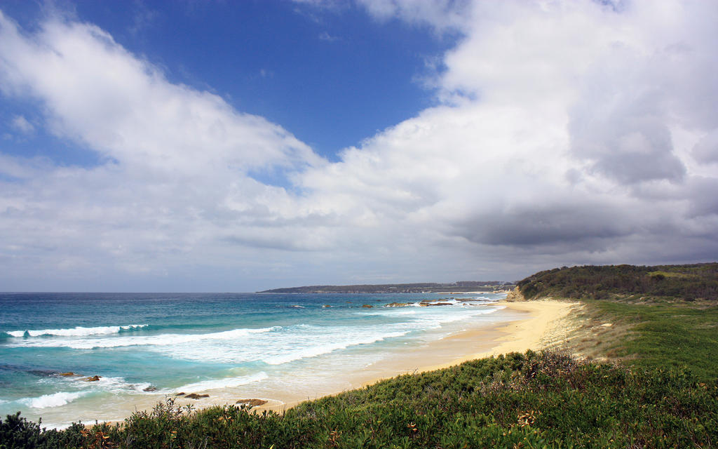 On the headlands of Narooma 2 by SxyfrG