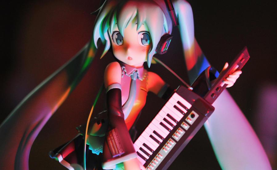 Night Concert by nikicorny