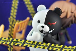 Danger Zone by nikicorny
