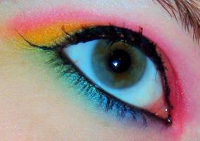 Rainbow Eye by DrUmMeRchik07