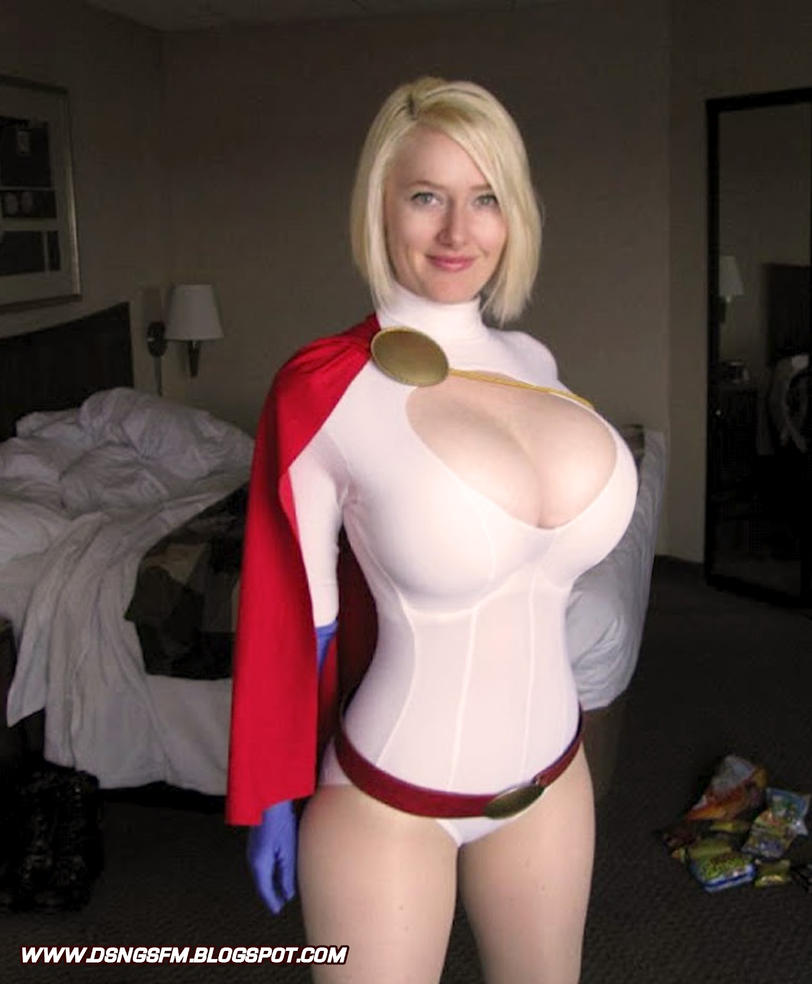 POWER GIRL COSPLAY - MANIPULATION by DSNG