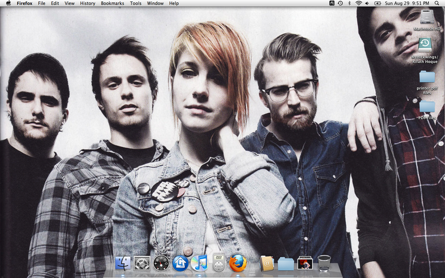 Paramore Wallpaper By Myblckwings