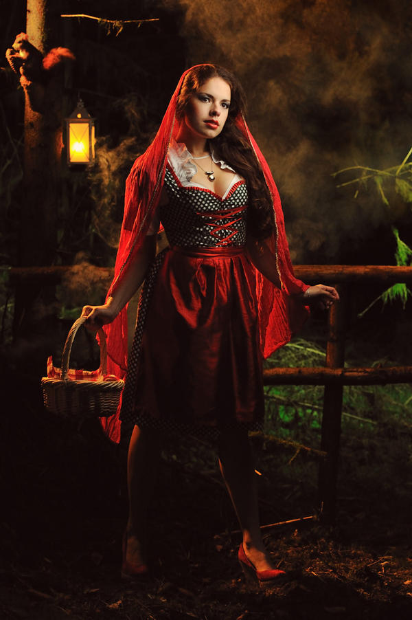 Red Riding Hood by TheRaPhotography