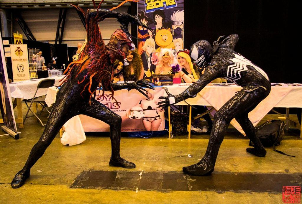 VENOM VS TOXIN COSPLAY by symbiote-x