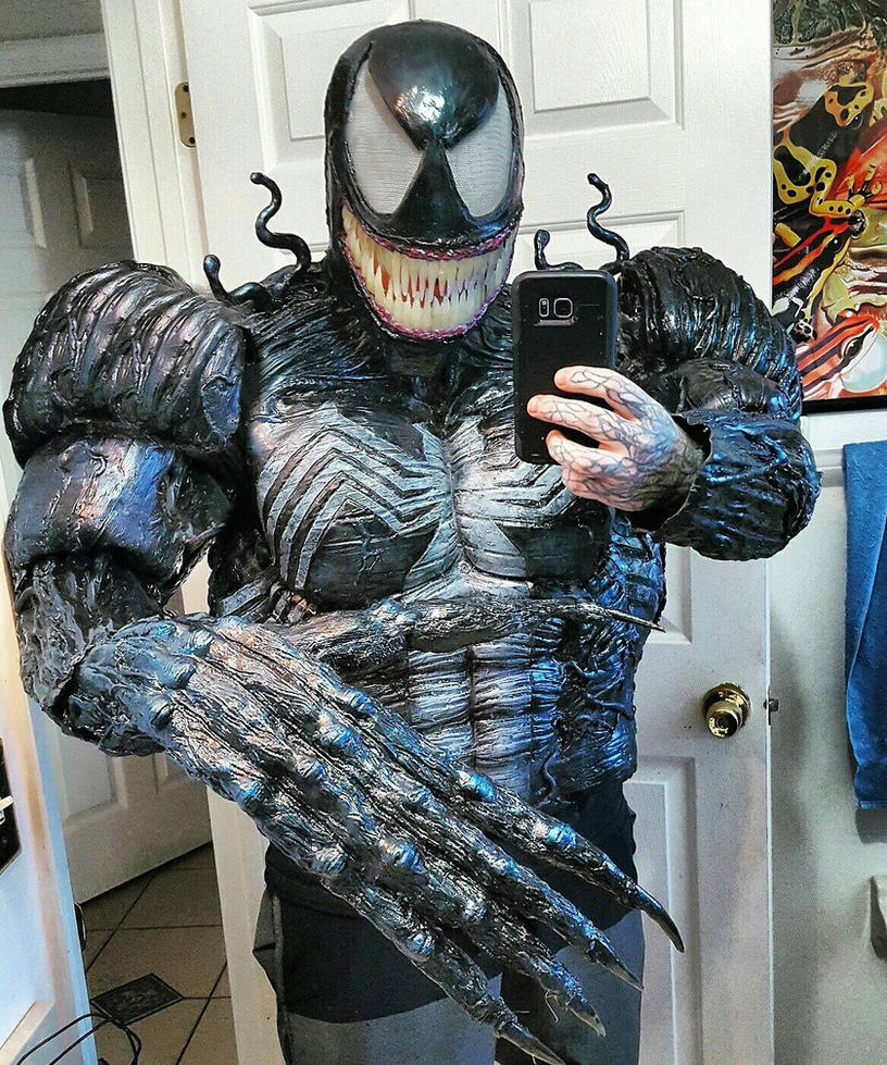 NEW MONSTROUS VENOM COSTUME! by symbiote-x