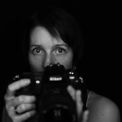 Behind the camera (nikon d300 vs sigma sd quattro)
