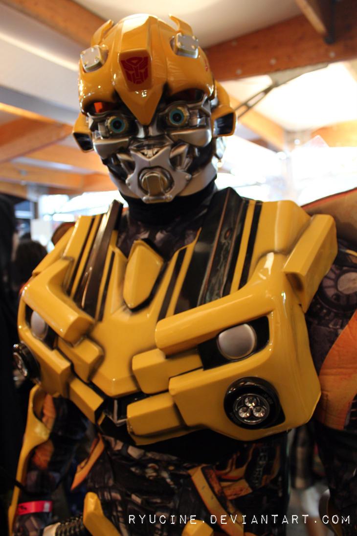 Coolest cosplay in Comic Con Dubai 2013 by RyuCine