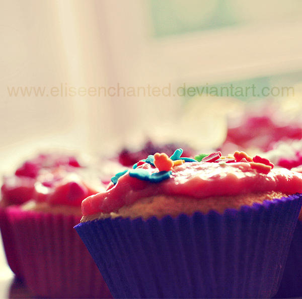 Cupcake party by EliseEnchanted