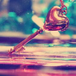 Heart lock by EliseEnchanted