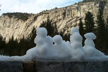 Snowmen at Yosemite by newsnipple