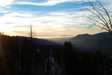 Yosemite Sunset by newsnipple