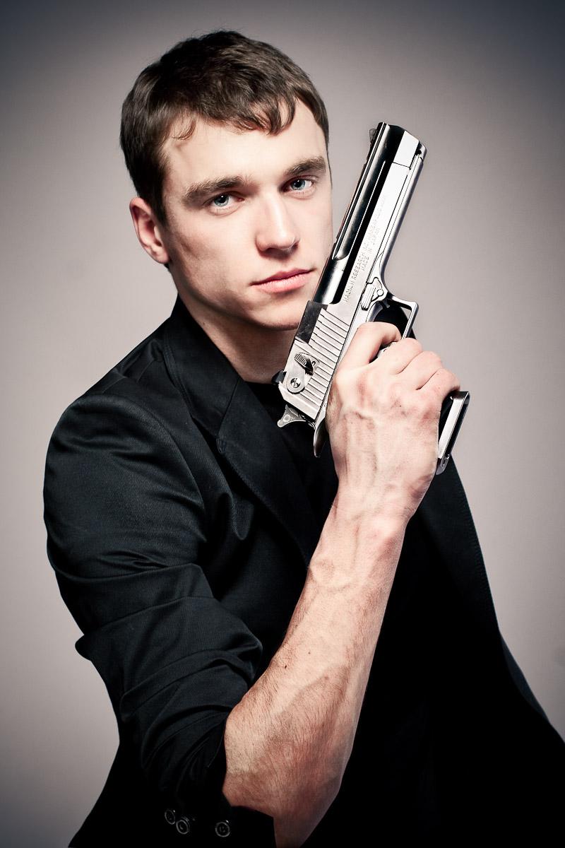 a_man_with_the_gun_2_by_junkarlo.jpg