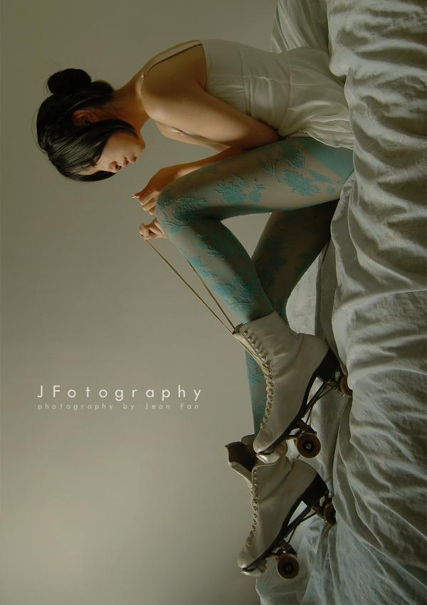 roller skates by JeanFan