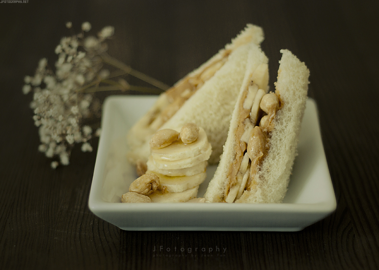 Peanut Butter Banana Honey Sandwich by JeanFan