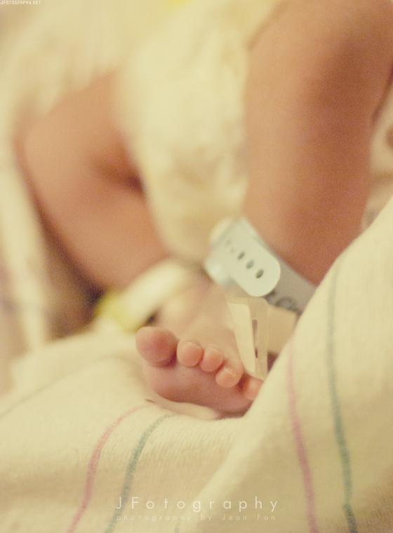 Newborn by JeanFan