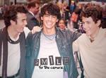 Smile - Jonas Brothers