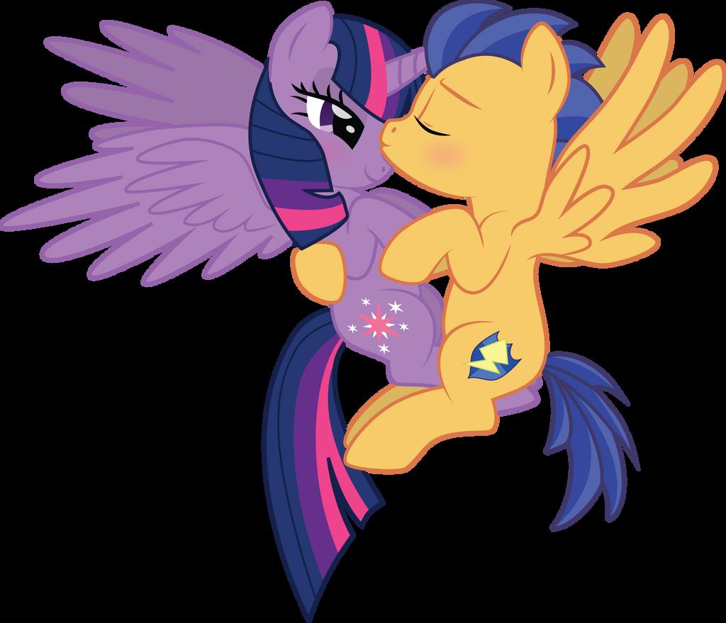 My little pony princess twilight sparkle and flash sentry kiss - photo#4
