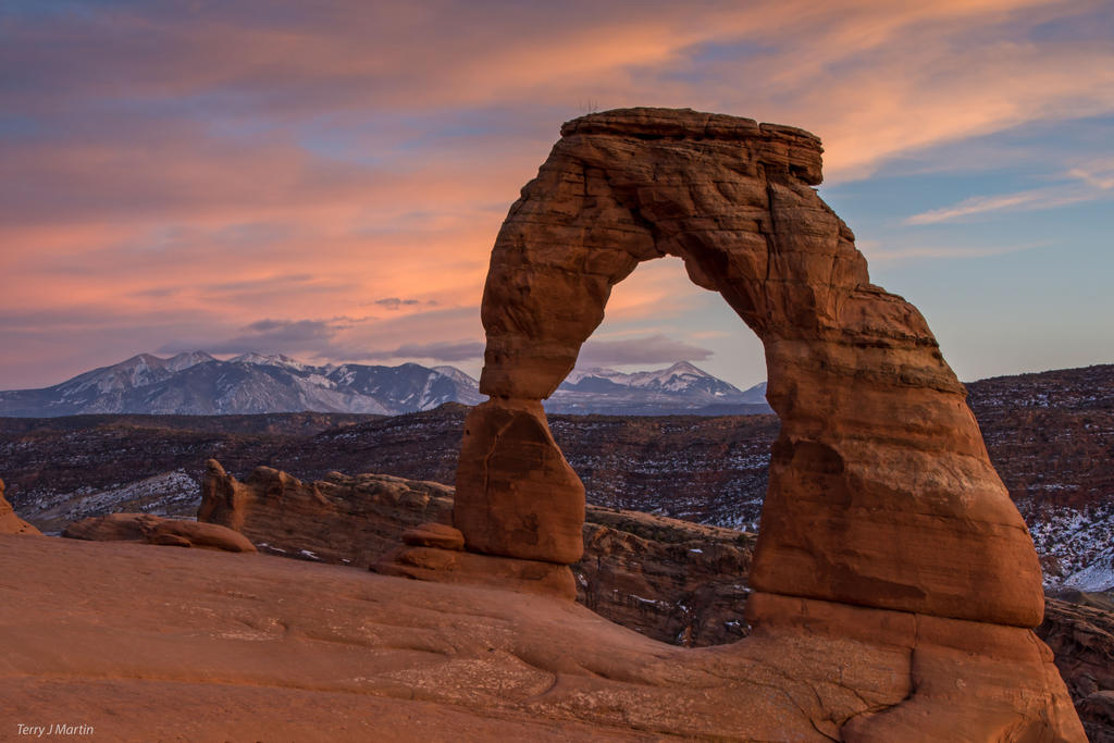 Sunset at Delicate Arch by TerribleTer