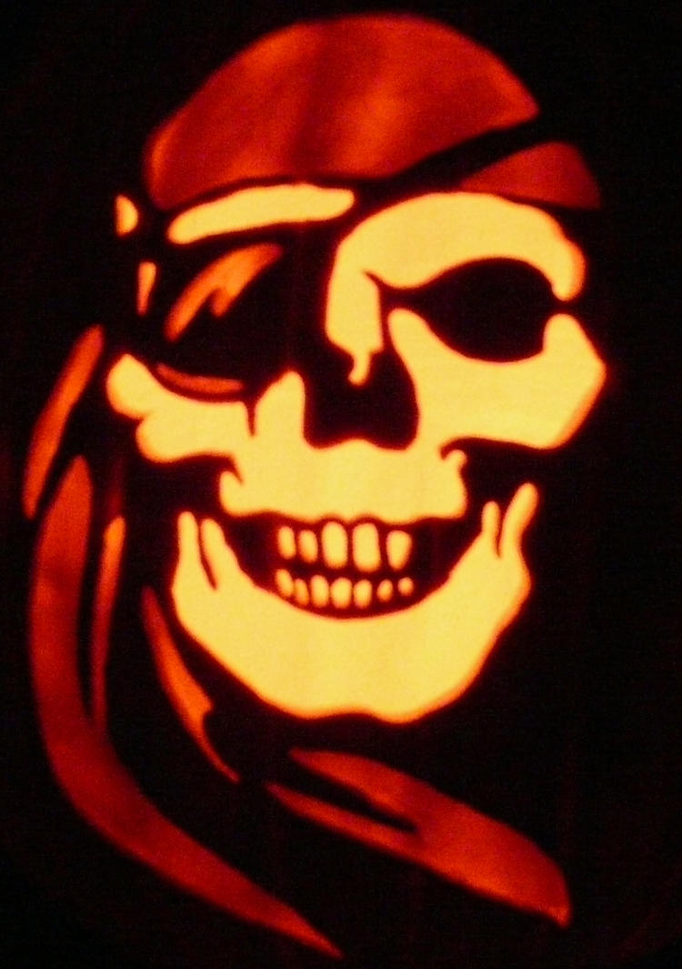 Pirate skull halloween pumpkin by kenklinker on deviantart for Free skull pumpkin carving patterns