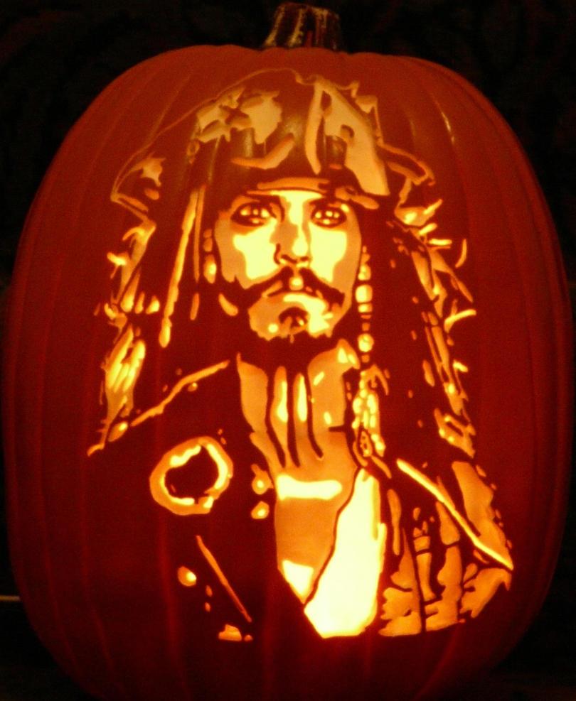 Jack Sparrow 2015 stoneykins.com pattern by kenklinker