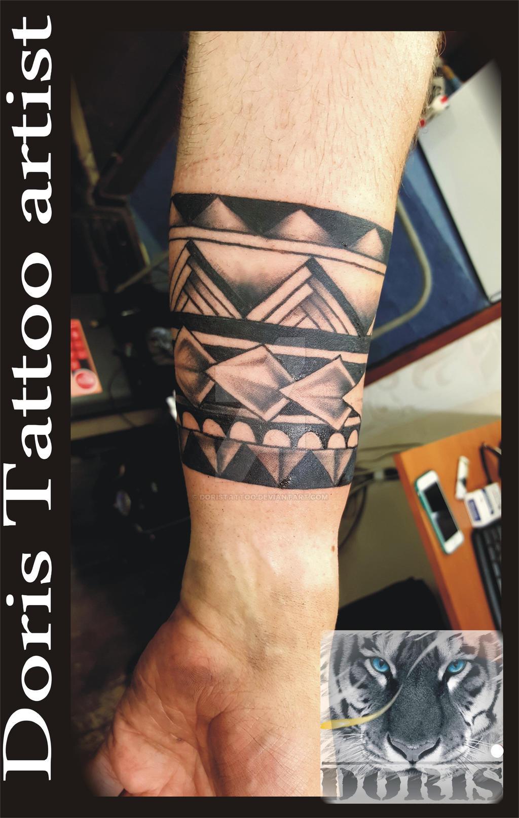 maori tattoo bracelet by doristattoo on deviantart. Black Bedroom Furniture Sets. Home Design Ideas