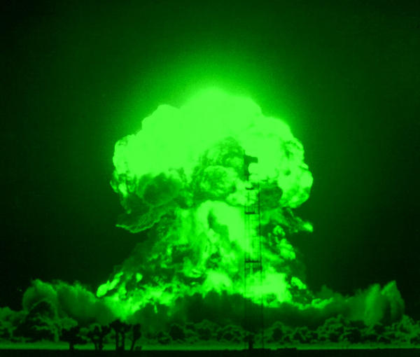 green bomb by ZEROsilencer