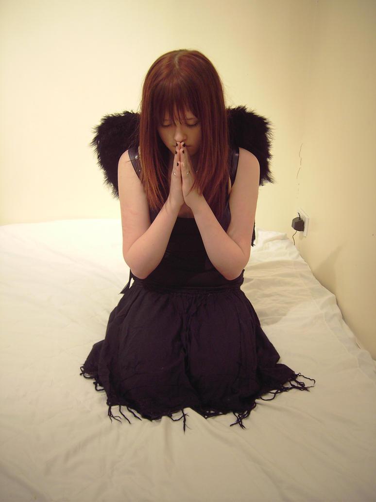 Angel 2 by xxxbroken-stockxxx