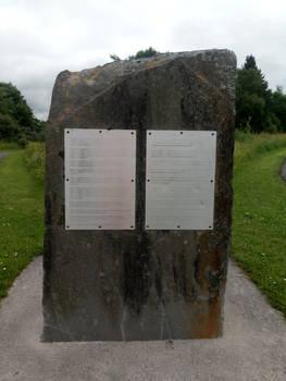 Banwen Lake Entrance v1