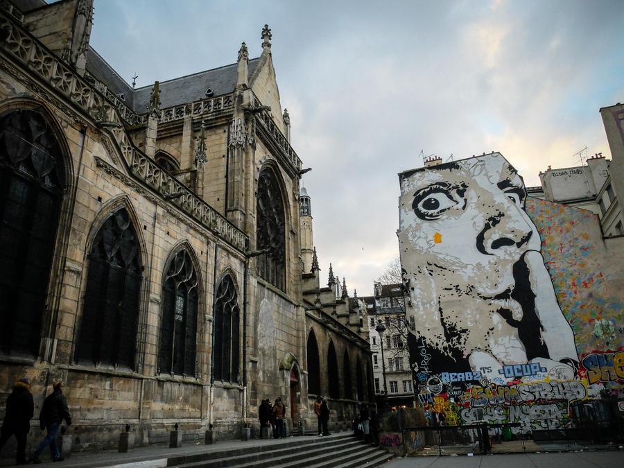 Cloitre Saint Merri St Paris by cheechwizard