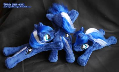 Luna Beanie Plushies