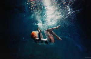 Leeloo Dallas Underwater by K8Stark